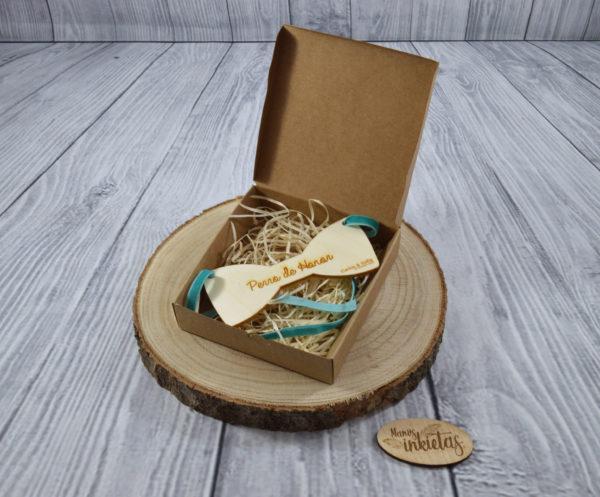 Pajaritas de madera para mascotas